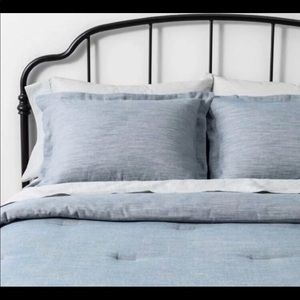Hearth and hand blue twill comforter